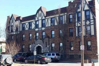 Building, Fairfield Estates At Lynbrook Village, 1