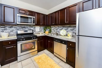Kitchen, Riverside Towers Apartment Homes, 0