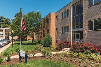 Building, Fairmont Gardens Apartments, 2