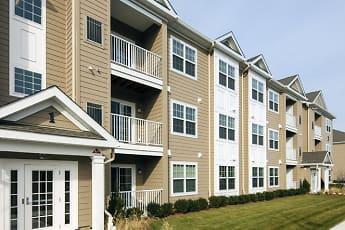 Building, Laurel Oaks Apartments, 0