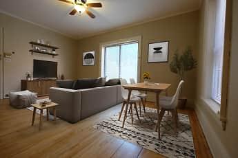 Dining Room, Kleinman Linden Hills, 1