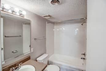 Bathroom, Estates at Rock Hill, 2