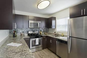Kitchen, 14 North, 0