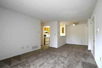 Living Room, Creekside Square Apartments, 0