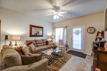 Living Room, Lynnview Ridge Apartments, 1