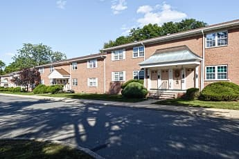 Building, Glenwood Apartments & Country Club, 0