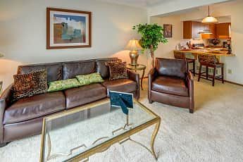 Living Room, Hunter's Pointe Townhomes, 1