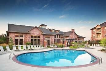 Pool, Broadmoor At Jordan Creek, 0
