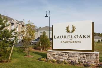 Community Signage, Laurel Oaks Apartments, 2