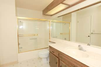 Bathroom, LAURELWOOD WEST VILLAS, 2
