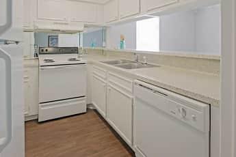 Kitchen, Pont Alba, 0