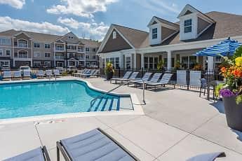 Pool, Winding Creek Apartments & Townhomes, 1