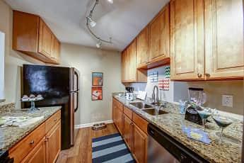 Kitchen, The Henley, 1