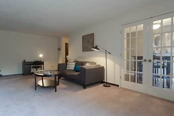 Living Room, Cedars of Edina, 2