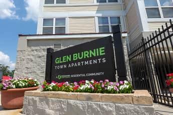 Community Signage, Glen Burnie Town Apartments, 0