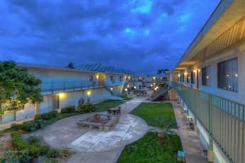 Pool, Brookfield/El Patio, 1