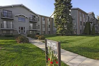 Building, Lake Pines Apartments, 0