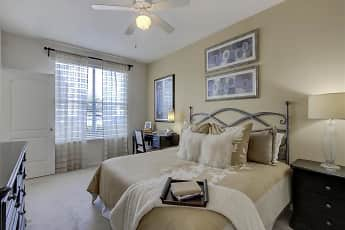 Towne West Apartments, 2