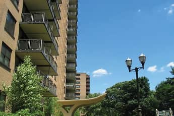 Country Club Towers, 2