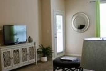 Living Room, Ten05W.Trade, 2
