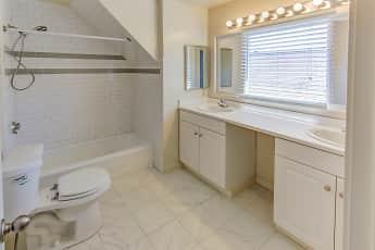Bathroom, Montoya, 2