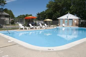 Pool, Jamestown Square Apartments, 1