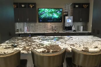 Alinea at Town and Country, 2