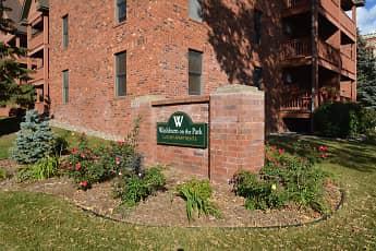 Community Signage, Washburn On The Park, 0
