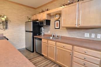 Kitchen, The Bluffs of Burnsville, 0