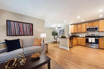Stuart Hill Apartments, 1