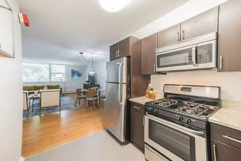 Kitchen, Cherokee Apartments At Chestnut Hill, 0