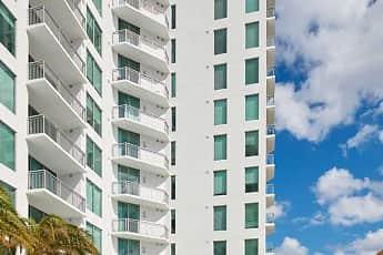 Avalon West Palm Beach, 2