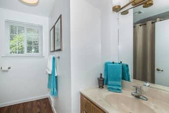 Bathroom, Meadow Ridge Apartments, 2