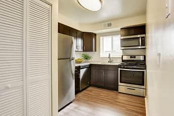 Glen Ridge Apartment Homes, 1