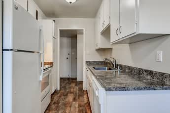 Kitchen, Solaris Apartments, 0