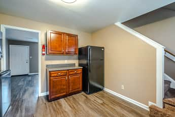 Wingate Townhouse Apartments, 2