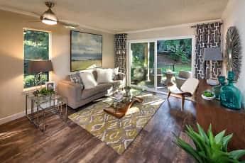 Living Room, Vue Kirkland, 0