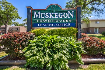 Muskegon Townhouses, 0