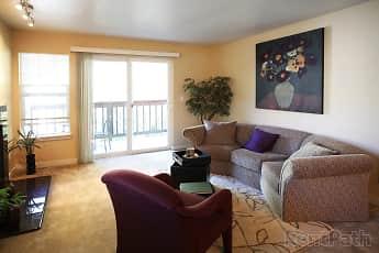 Living Room, The Overlook at Westridge, 2