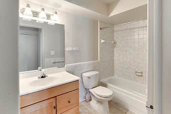 Bathroom, French Quarter Apartments, 2