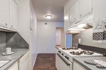 Kitchen, Chalet Apartments, 0