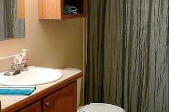 Bathroom, Woodfall Villas, 2