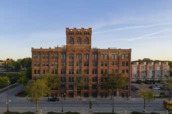 Building, Milwaukee Fortress, 1