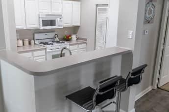 Kitchen, Colts Run Apartments, 1