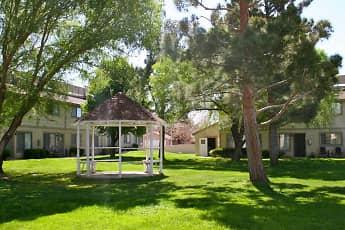 Courtyard, Park Circle Apartments, 0