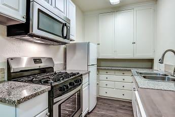 Kitchen, El Castillo Metro Apartments, 0