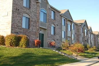 Building, Oak Shores Apartments, 0
