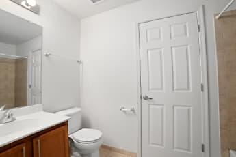 Bathroom, Heights Of Lebanon, 2