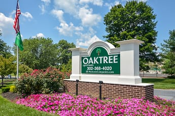 Community Signage, Oaktree Apartments, 0