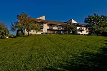 Pine Cove Apartments, 0